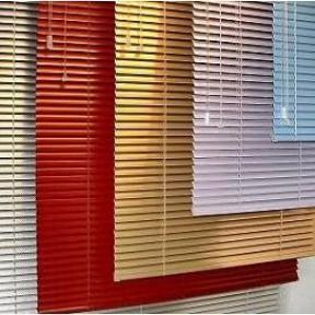 50mm aluminium jaloezieën in diverse kleuren met ladderkoord